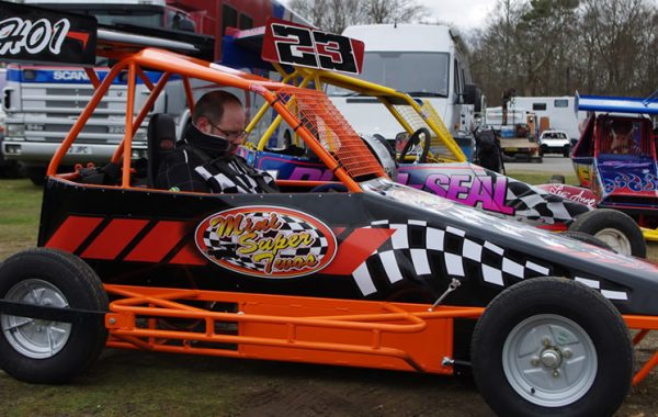 Chris Gilfoy joins Mini Super Twos